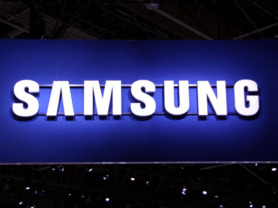 Samsung showcase world first 9 1-inch stretchable OLED