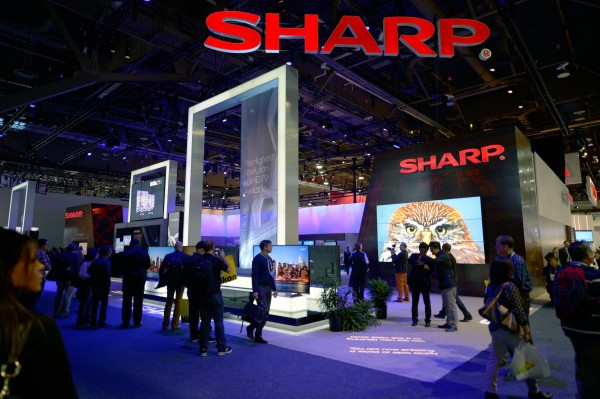 Sharp soon begins mass-production of OLED panels for smartphone